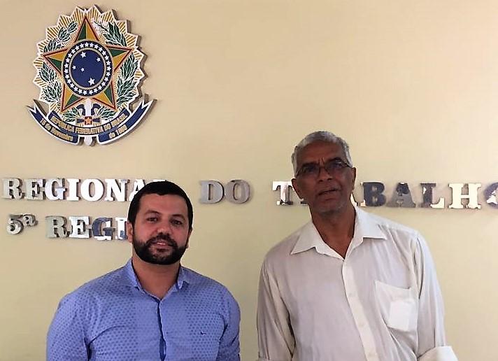 Dr. Everton Mendes e Francisco Magalhães foram à audiência no MPT